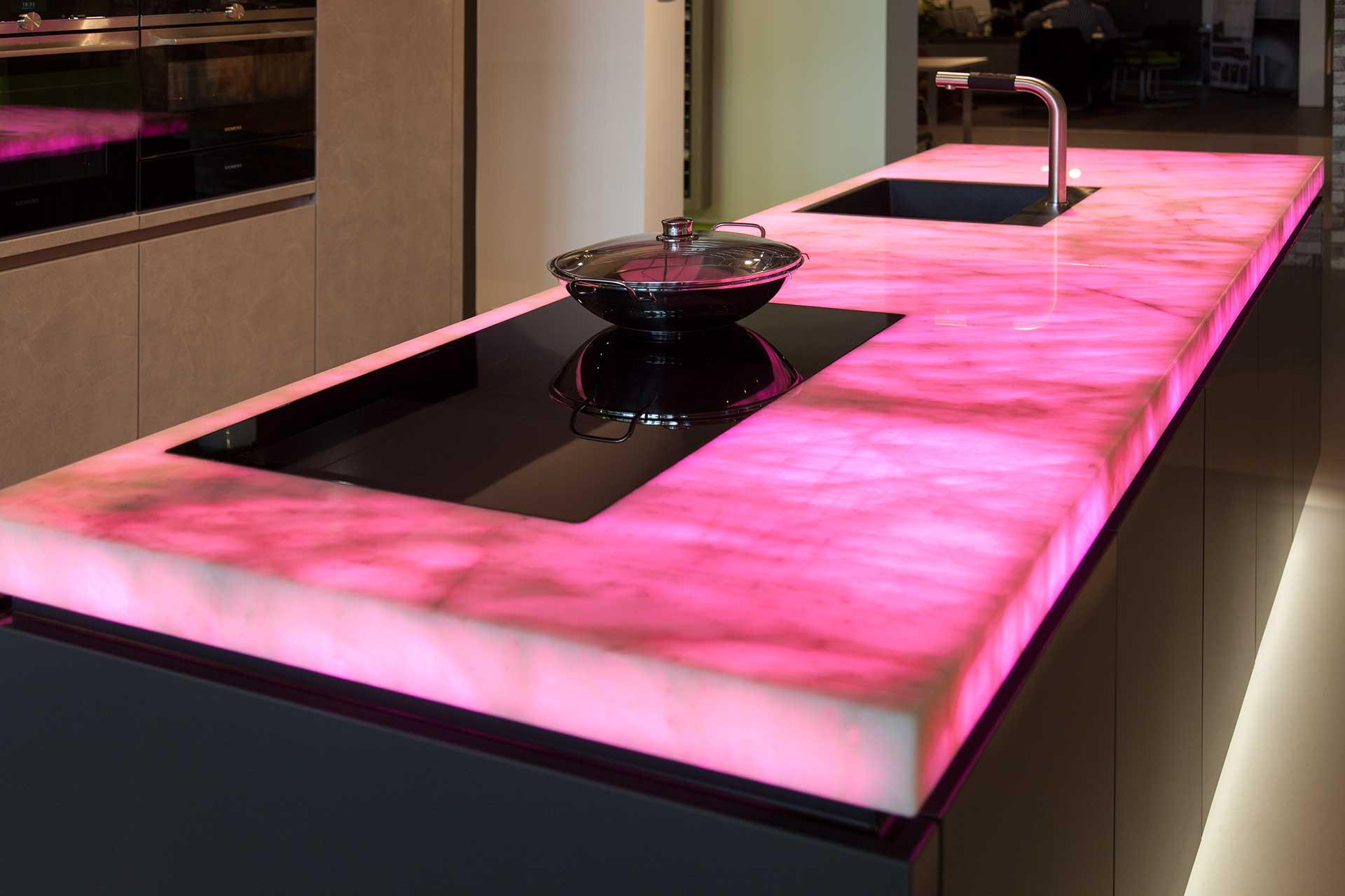 Küche Pink. Sitzbank Küche Mit Stauraum Ikea Möbelgriffe Wohnmobil ...