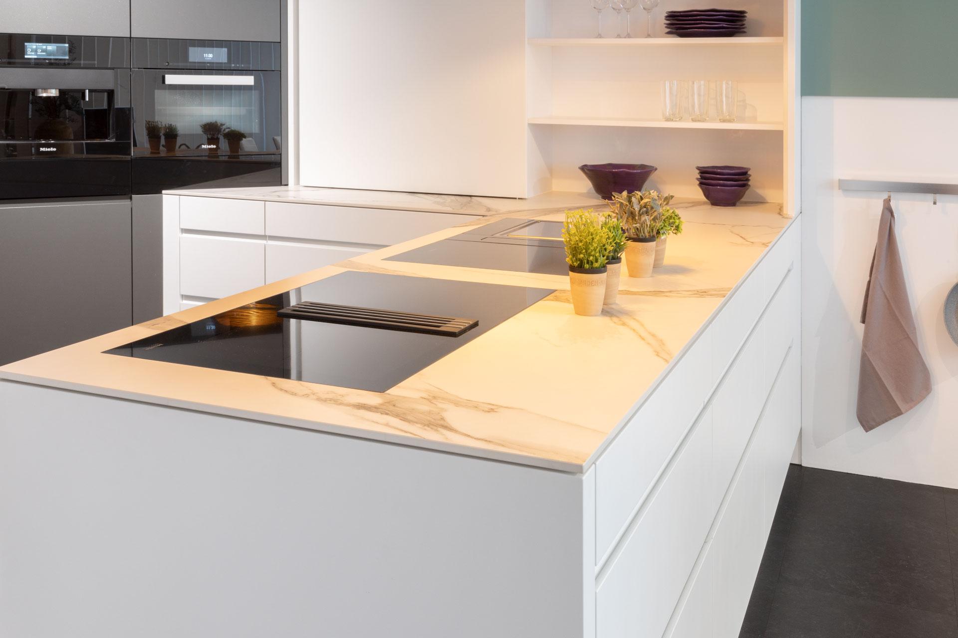 Küche aus Keramik Calacatta Statuario – CS Baupartner GmbH