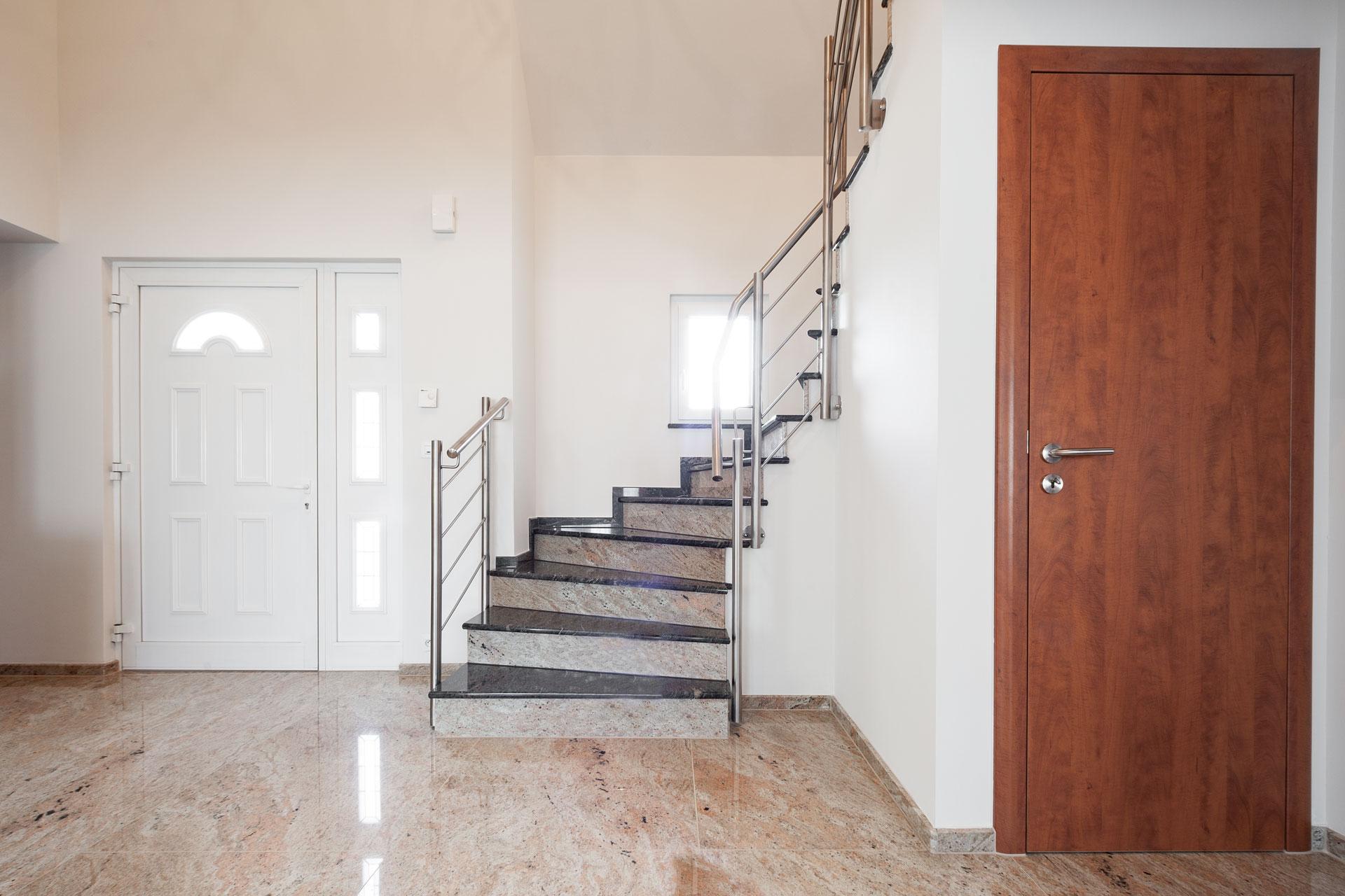 Natursteintreppe Als Blickfang In Der Wohnung
